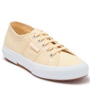 New Superga Cotu Sneakers in Beige/Cream (7.5)